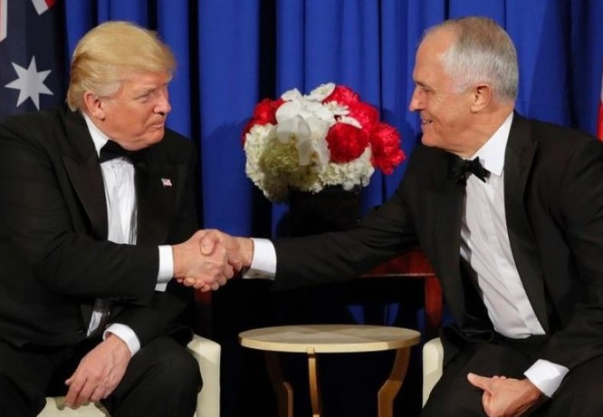 Mỹ và Australia đang củng cố quan hệ đồng minh. Ảnh: Betonpolitics.