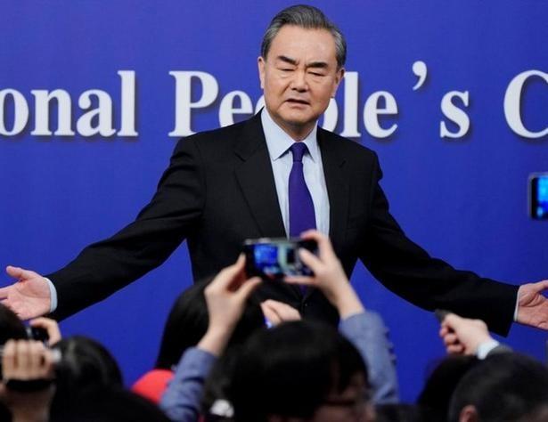 Bộ trưởng Ngoại giao Trung Quốc Vương Nghị trong cuộc họp báo ngày 8/3/2018. Ảnh: Reuters.