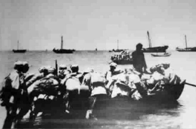 Chiến dịch đảo Hải Nam của quân đội Trung Quốc. Ảnh: Cankao.