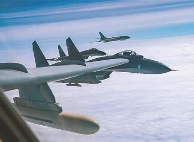 Không quân Trung Quốc vừa tiến hành