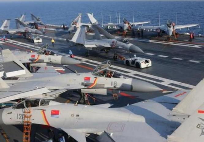 """Trung Quốc cấm biển: Tập trận tàu sân bay và cho """"hàng nhà trồng"""" chạy thử? ảnh 2"""