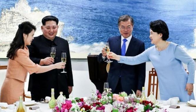 Triều Tiên - Hàn Quốc gây địa chấn: Thế giới nói gì về sự kiện lịch sử? ảnh 4