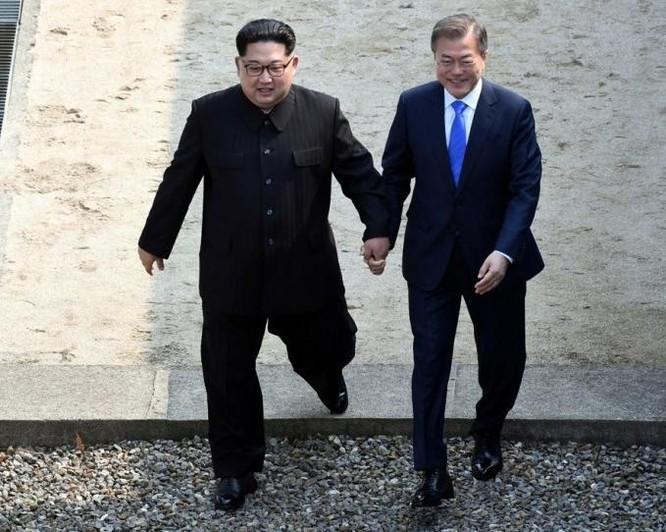 Triều Tiên - Hàn Quốc gây địa chấn: Thế giới nói gì về sự kiện lịch sử? ảnh 1