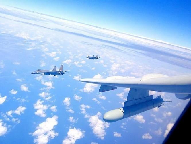 """Trung Quốc liên tục tung không quân """"vờn đe"""" Đài Loan ảnh 1"""