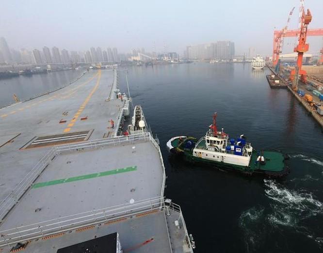 """Tàu sân bay Trung Quốc dễ thành """"con tin"""", không dám tham chiến ở biển gần? ảnh 2"""