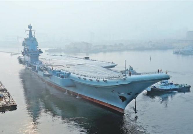 """Tàu sân bay Trung Quốc dễ thành """"con tin"""", không dám tham chiến ở biển gần? ảnh 1"""