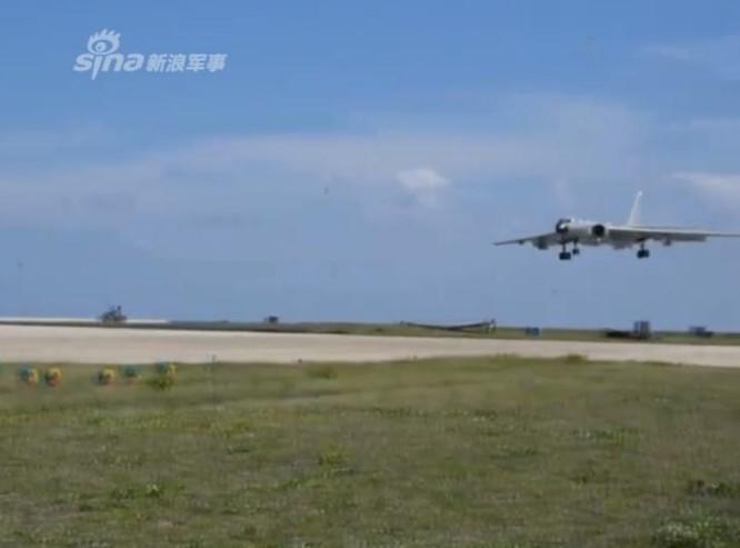 Mỹ lên án Trung Quốc cho máy bay ném bom H-6K cất hạ cánh tại Biển Đông ảnh 1