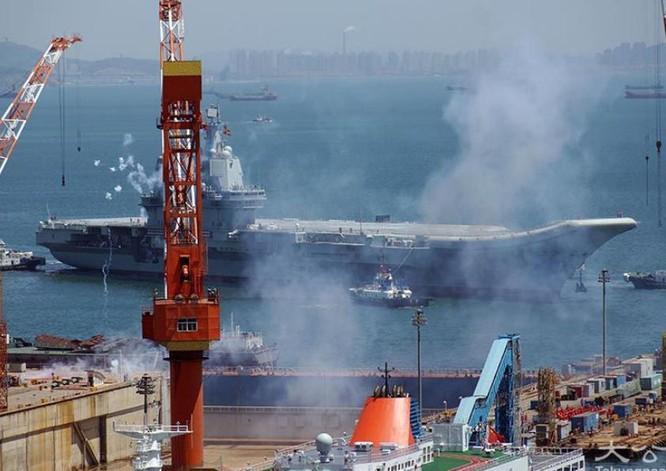 Đua với Mỹ, Trung Quốc ráo riết lập biên đội tàu sân bay thứ hai ảnh 1