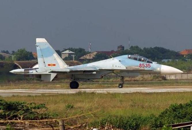 """Báo Trung Quốc bàn ra tán vào về """"hổ mang chúa"""" Su-30MK2V Việt Nam ảnh 1"""