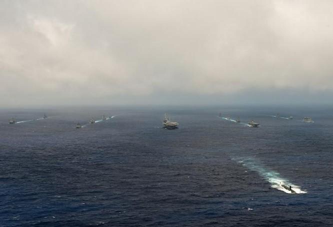 """""""Luyện đòn"""" trị tàu ngầm Trung Quốc, Mỹ-Nhật-Ấn rầm rộ tập trận ở Guam ảnh 2"""