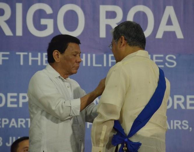"""Philippinese sẽ sớm """"nhắc"""" vụ kiện Biển Đông với Trung Quốc ảnh 1"""