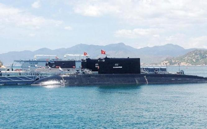 Biển Đông sắp có thêm tàu ngầm Kilo Nga tung tăng? ảnh 1