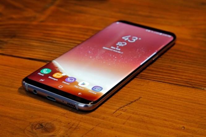 Samsung sẽ ra smartphone có thể gấp lại Galaxy X trong năm 2018 này - Ảnh 1