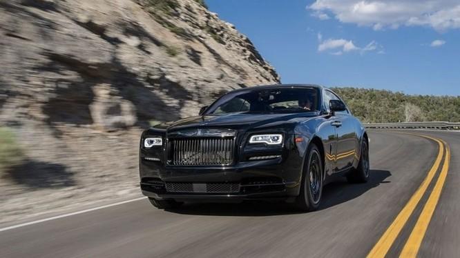 Siêu xe Rolls-Royce Wraith Black Badge bất ngờ có mặt tại Việt Nam - Ảnh 4