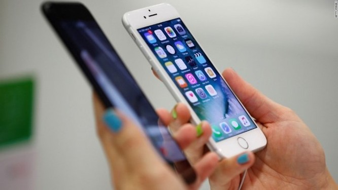 Apple thừa nhận đã không nói với người dùng về việc làm chậm iPhone - Ảnh 3