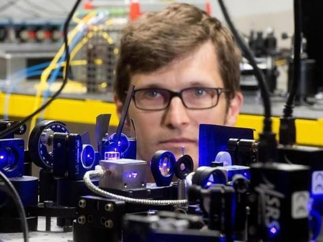 Khi các nhà khoa học mang đồng hồ nguyên tử để đo... độ cao của núi - Ảnh 3