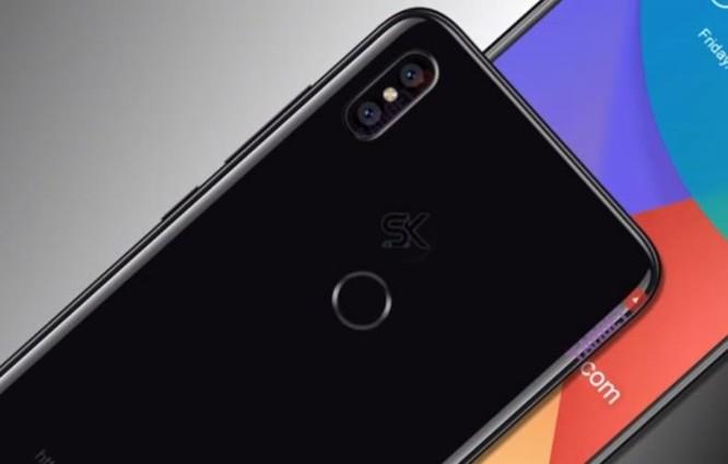 Xuất hiện ảnh trên tay của Xiaomi Mi 6X: camera kép đặt dọc như iPhone X, viền siêu mỏng - Ảnh 1