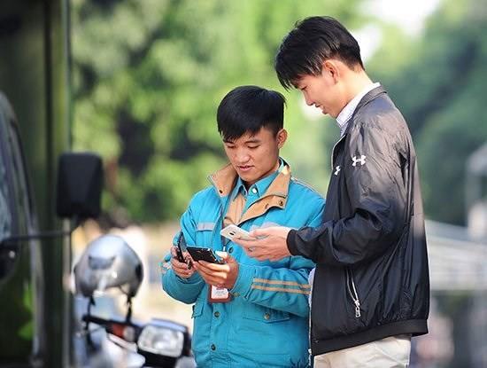 Thuê bao đổ dồn từ phố về quê, dùng 4G và live stream nhiều hơn - Ảnh 1