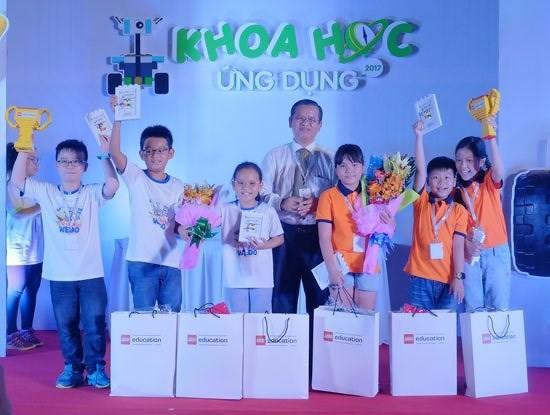 Sẽ chọn các học sinh Việt Nam xuất sắc nhất thi lập trình robot bằng bộ công cụ LEGO tại Mỹ - Ảnh 1