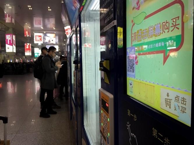 Chùm ảnh: Người dân Trung Quốc và sự 'ám ảnh' với… QR Code - Ảnh 13