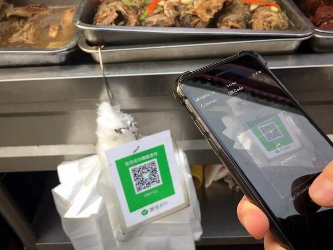 Chùm ảnh: Người dân Trung Quốc và sự 'ám ảnh' với… QR Code - Ảnh 4
