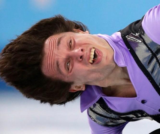 Cười đau ruột với những khoảnh khắc của vận động viên trượt băng nghệ thuật - Ảnh 1
