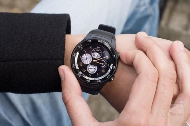 6 smartwatch vừa lên Android 8 Oreo, có Huawei Watch 2 và Casio WSD-F20 - Ảnh 1