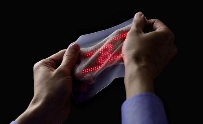 'Da điện tử' hiển thị thân nhiệt, huyết áp, nhịp tim ngay trên tay bạn - Ảnh 2