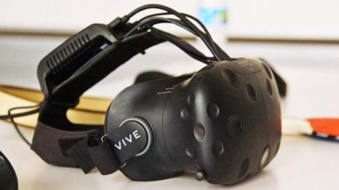 HTC sa thải nhân viên, hợp nhất mảng smartphone và VR - Ảnh 1