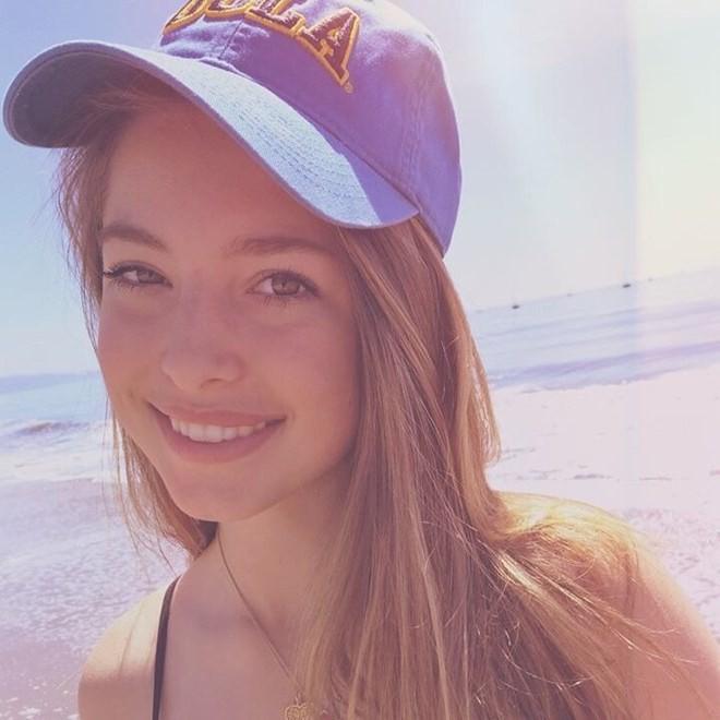 Con gái 19 tuổi xinh đẹp và tài giỏi của Steve Jobs - Ảnh 16