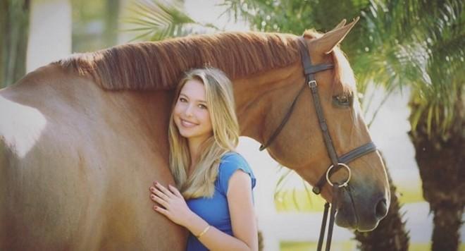 Con gái 19 tuổi xinh đẹp và tài giỏi của Steve Jobs - Ảnh 17