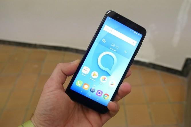 [MWC 2018] Thất vọng toàn tập với Alcatel 1X - điện thoại Android Go đầu tiên - Ảnh 1