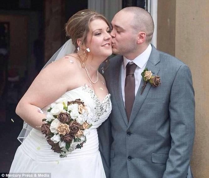 Cặp vợ chồng kiện thợ ảnh cưới vì chỉ chăm chăm chụp ảnh cơ thể phù dâu - Ảnh 4