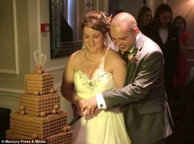 Cặp vợ chồng kiện thợ ảnh cưới vì chỉ chăm chăm chụp ảnh cơ thể phù dâu - Ảnh 5