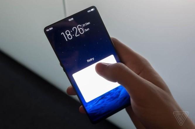 [MWC 2018] Vivo giới thiệu concept 'Apex', cảm biến vân tay nửa màn hình và camera selfie thu gọn - Ảnh 1