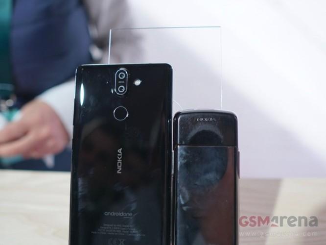 Cách nhau 12 năm, cùng xem sự khác nhau giữa Nokia 8800 Sirocco và Nokia 8 Sirocco - Ảnh 5