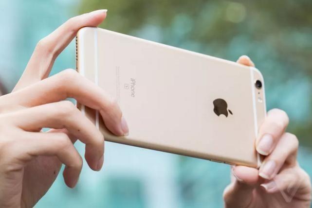 Tôi đã thay pin iPhone nhưng tức giận vì 'sướng thế' sao Apple không nói sớm - Ảnh 1