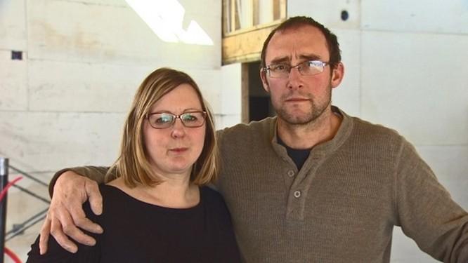 Cặp đôi đòi Apple bồi thường 600 ngàn USD vì iPhone 6 bốc cháy, thiêu rụi cả căn nhà - Ảnh 1