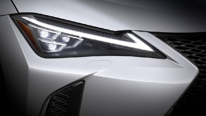 Lexus UX 2019 lộ diện với kiểu dáng 'hợp mốt' đô thị đông đúc - Ảnh 3