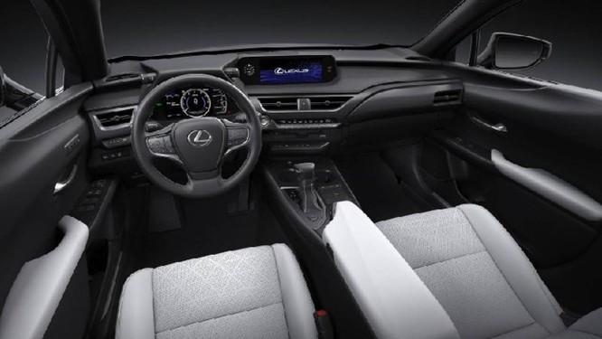 Lexus UX 2019 lộ diện với kiểu dáng 'hợp mốt' đô thị đông đúc - Ảnh 4