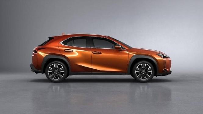 Lexus UX 2019 lộ diện với kiểu dáng 'hợp mốt' đô thị đông đúc - Ảnh 7