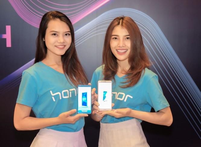 Xuất hiện smartphone có 4 camera giá siêu rẻ - Ảnh 2