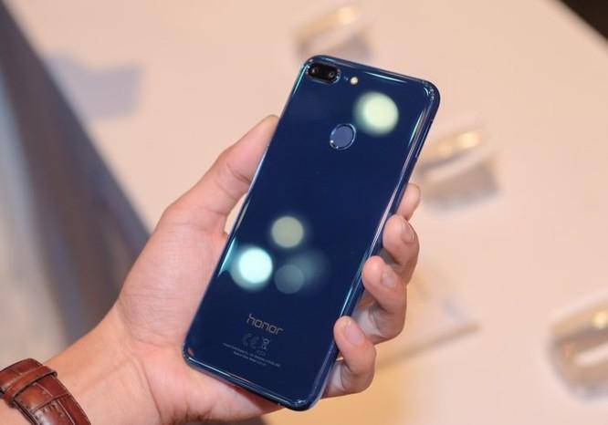 Xuất hiện smartphone có 4 camera giá siêu rẻ - Ảnh 3