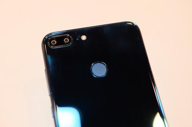 Xuất hiện smartphone có 4 camera giá siêu rẻ - Ảnh 5