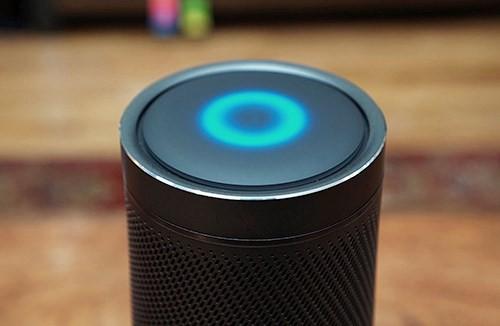 Trợ lý ảo Microsoft Cortana có thêm tích năng kiểm tra email Outlook - Ảnh 1