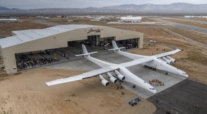 Nhà sản xuất chiếc máy bay lớn nhất thế giới này có tham vọng đưa nó ra ngoài vũ trụ - Ảnh 2