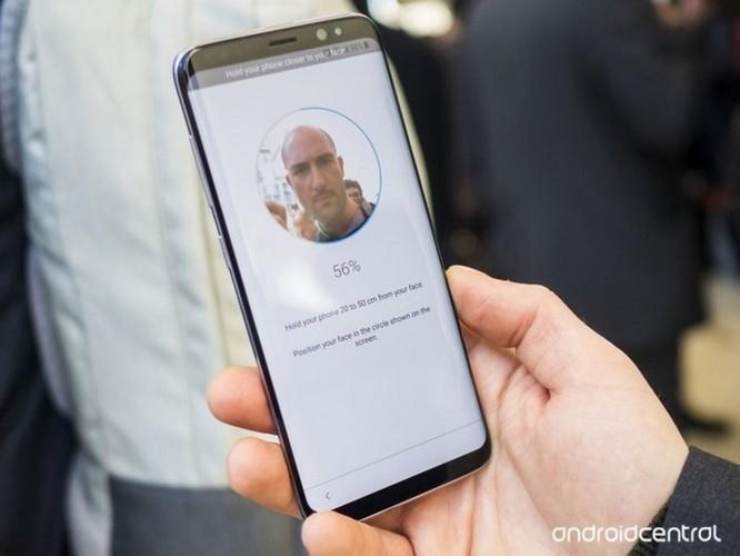 Tại sao các nhà sản xuất Android đã nhái 'tai thỏ' lại không sao chép nốt Face ID? - Ảnh 2