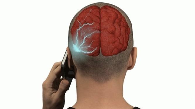 Liệu bức xạ điện thoại có gây ung thư? - Ảnh 1