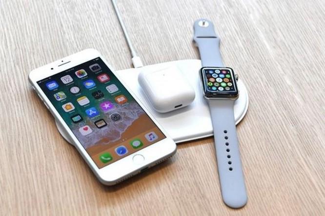 Sạc không dây cho iPhone 8/iPhone X bị tố khiến pin nhanh chai hơn? - Ảnh 1