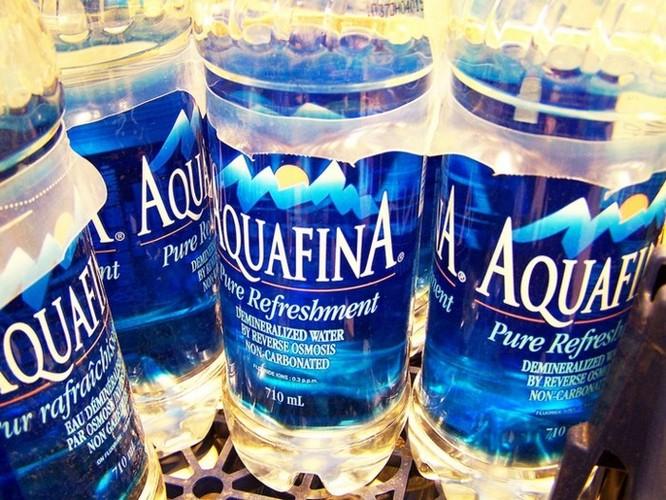 Phát hiện bất ngờ: Hầu hết nước đóng chai có chứa các hạt nhựa siêu nhỏ - Ảnh 3